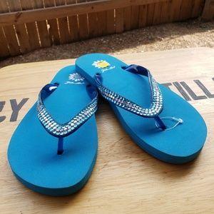Size 7.5 yellow box bling sandal